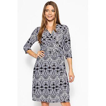 V-neck line 3/4 sleeve dress