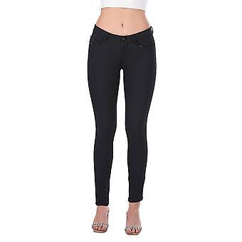 blå hvite kvinner svart jean bukser