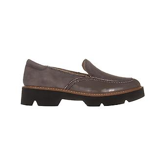 Naturalizer Womens Lark Leather Closed Toe Loafers