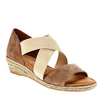 Comfortiva Brye Strappy Sandals