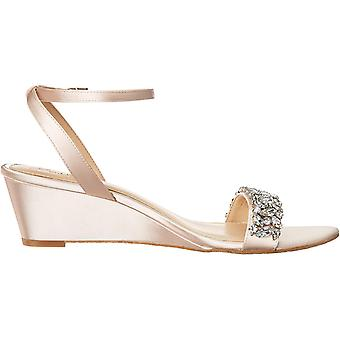 جوهرة Badgley Mischka Women's BELLEVUE Sandal, شامبانيا ساتان, 9 M US