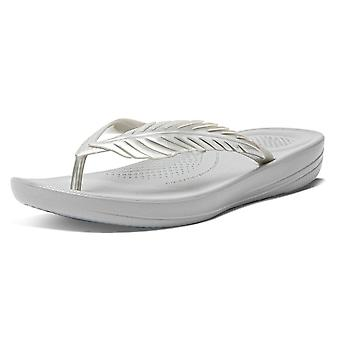 FitFlop Fitflop Iqushion Feather Toe Post Sandalias en plata