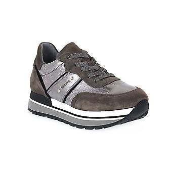 Svarta trädgårdar velour cement sneakers mode