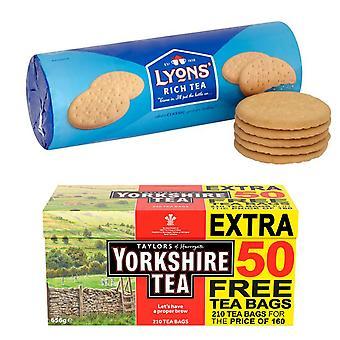 Yorkshire Kit gemaakt van 3 producten | 1 x Yorkshire Tea Original Red Label 210 Theezakjes 656g en 2 x Lyons Rich Tea Biscuits 300g, Voor sommigen van ons betekent iets goeds vaak koekjes en thee!