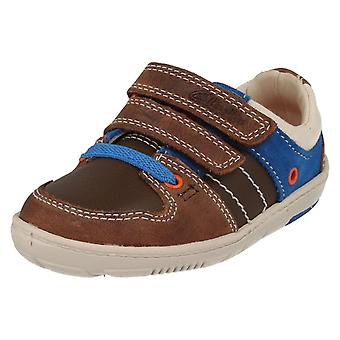 Gutter Clarks første sko Maxi Myle