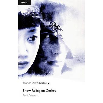 Level 6 Snow Falling on Cedars Book and MP3 Pack by David Guterson