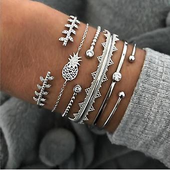 Bohemian Gold Tassel Bracelet