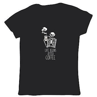 La vie commence après le café Squelette Femmes T Shirt - Halloween Trick Treat Spooky