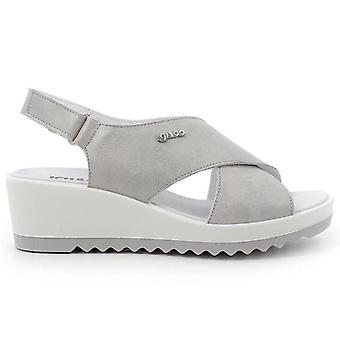 Igi&co Kvinnors Calypso Silver Leather Sandal Med Låg Kil