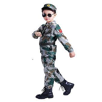 Utendørs militæruniform