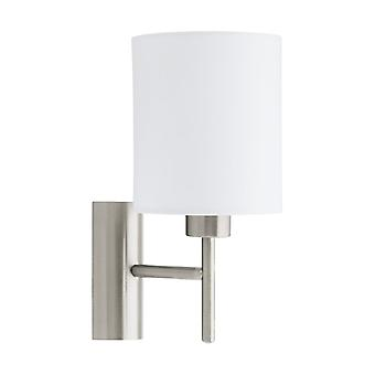 Luz de pared Eglo Pasteri en níquel mate con un tono blanco