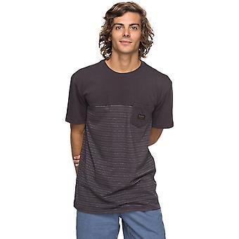 ターマックフルタイドのQuiksilverフルタイドショートスリーブTシャツ