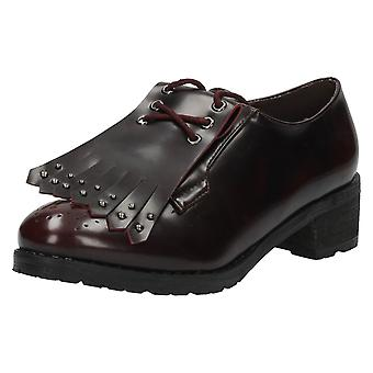 Ladies Spot On Brogue Shoes / Fringe Detail F9818