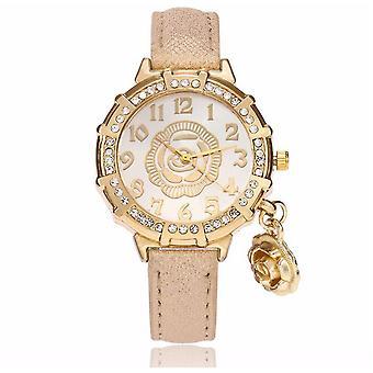 Chic fleur or jaune Watch luxe pierres élégant temps or