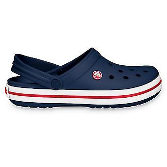 Crocs Crocband Shoe Navy, toda la comodidad de un clásico pero con un look retro