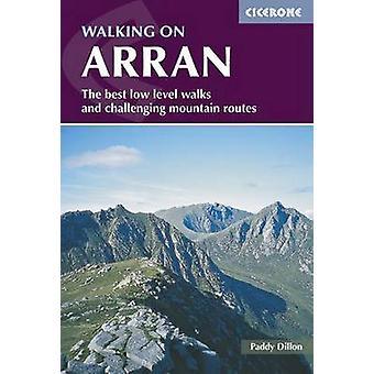 Wandelen op Arran (3de herziene editie) van Paddy Dillon - 978185284825