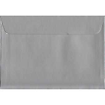 Metallisk sølv skræl/segl C6/A6 farvet sølv konvolutter. 130gsm luksus FSC-certificeret papir. 114 mm x 162 mm. tegnebog stil kuvert.