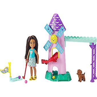 Barbie FRL85 Club Chelsea Mini Golf Doll and Playset