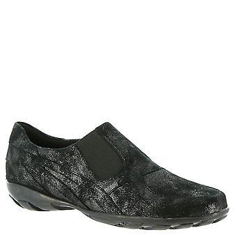 Vaneli Womens Attie Closed Toe Loafers