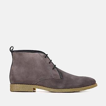 Jackson grey suede desert boot
