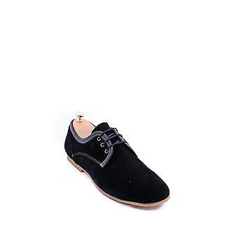スエードレースの黒靴|ウェッシ