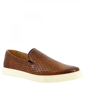 Leonardo Shoes Men's handmade slip-on laceless sneakers shoes in brown openwork calf leather