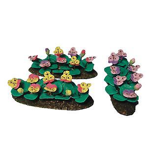 dukker huset blandet stemorsblomster i bakken gress miniatyr hage tilbehør