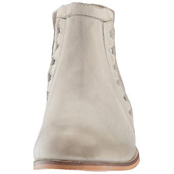Charles by Charles David Women's Yuma Ankle Boot