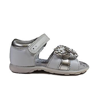 Startrite Bloom Vit / silver Läder Flickor Första Sandaler
