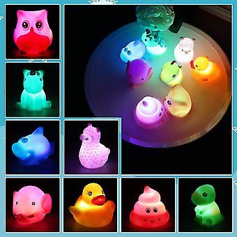 Badewannenspielzeug - 8 Stück Niedliches Tier LED Licht Badespielzeug Set, Wasserspielzeug Kinder