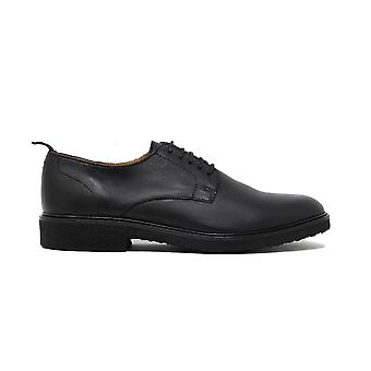 Walk london craven crepe sole derby shoe in black leather