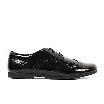 克拉克斯斯斯卡拉蕾丝青年黑色专利皮革女孩蕾丝布罗格学校鞋