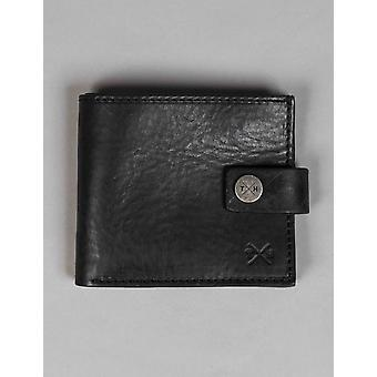 Tumble and Hide Chukka Leather Classic Wallet - Black