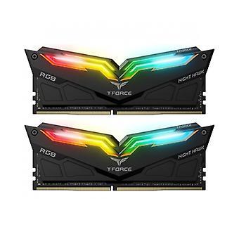 Team NIGHT HAWK RGB 16GB Zwart koellichaam met RGB LED's (2 x 8GB) DDR4 3000MHz DIMM Systeemgeheugen