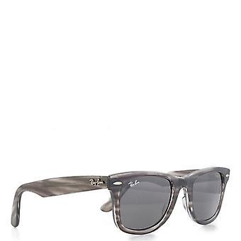 Ray-ban Iconic Wayfarer Sonnenbrille
