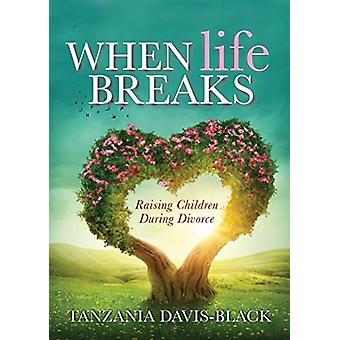 Kun elämä taukoja - lasten kasvattaminen avioeron aikana Tansania Davis-B