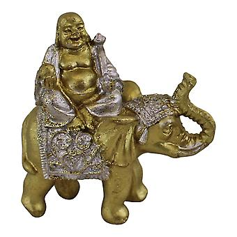 Buda em miniatura sentado no ornamento de elefante