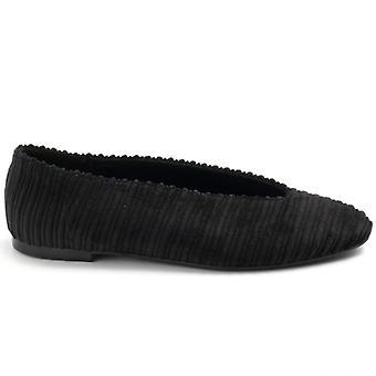 Pantof plat negru Balerina Fabric cu decolteu