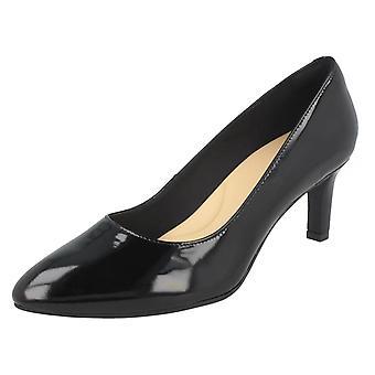 Ladies Clarks Textured Court Shoes Calla Rose - Black Patent - UK Size 8E - EU Size 42 - US Size 10.5W
