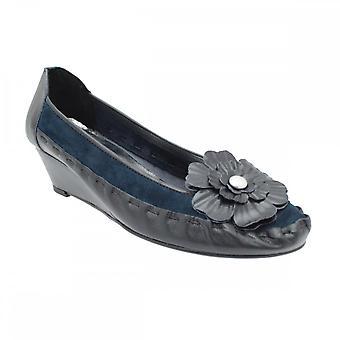 Zaccho Women's Low Wedge Slip On Shoe