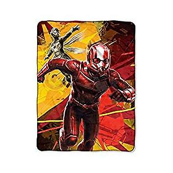 Super Soft Throws - Ant-Man & The Wasp - Red & Yellow New 45x60