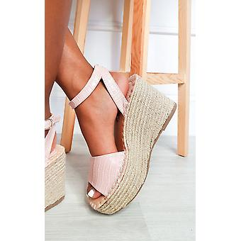 להאיץ נשים נעלי עקבים טריז