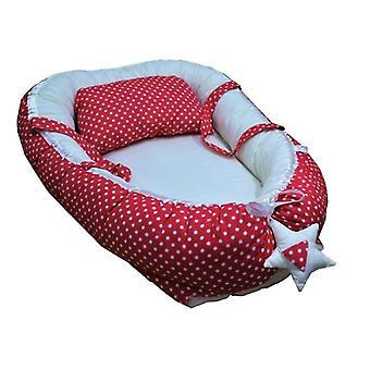 Lit et oreillers de sommeil de chéri, oreiller ou garniture de coton