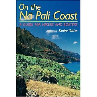 Na Pali rannikolla: opas retkeilijöille ja veneilijät