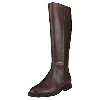Camper Iman Womens Knee High Boots in Chocolate