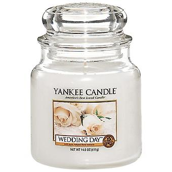 Yankee Candle Medium Jar Candle Wedding Day