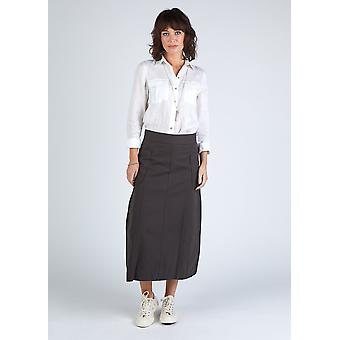 The #8001 panel skirt - faded black