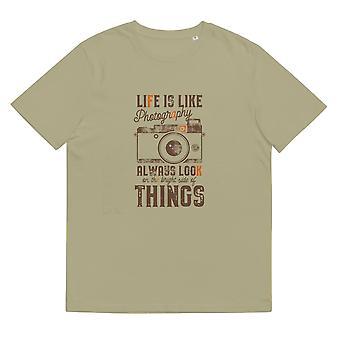 A vida é como fotografia - Camiseta unissex feita de algodão orgânico