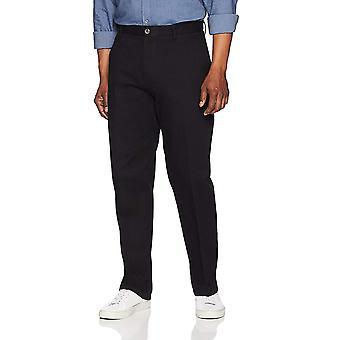 Essentials Men's Classic-Fit, True Black, Größe 34W x 30L