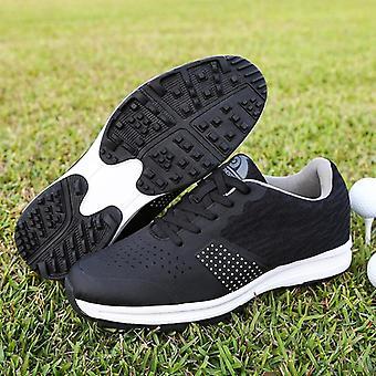 Nieuwe golfschoenen